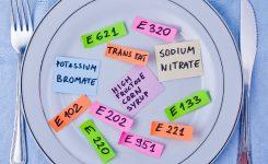 Descubre los peligros y beneficios de los aditivos alimentarios